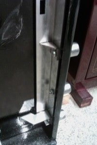 Gun Safe Door Locking Bolt Bar with Anti-Pry Support